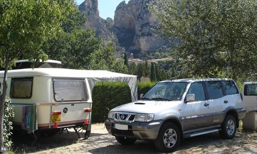 emplacement camping vue sur Moustiers Sainte Marie